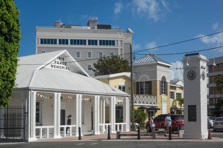 Cayman-Photo.jpg